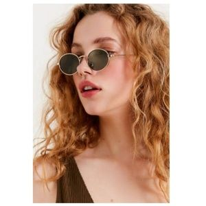 Accessories - Vintage Oval sunglasses